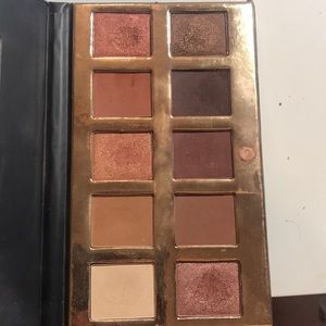 Crown brush PRO Eyeshadow palette